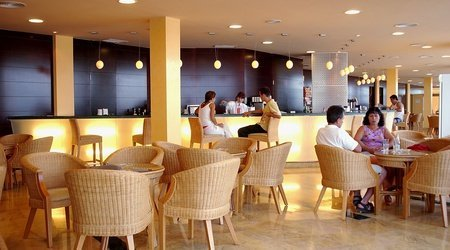 Cafe bar Hotel ATH Roquetas de Mar