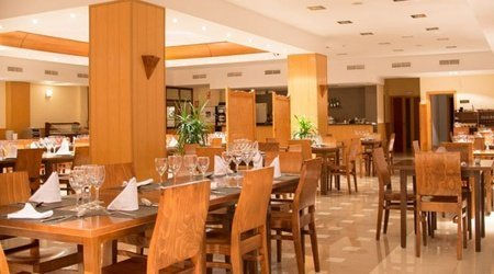 Salones Hotel ATH Al-Medina Wellness