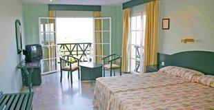 STANDARDZIMMER ATH La Perla Hotel