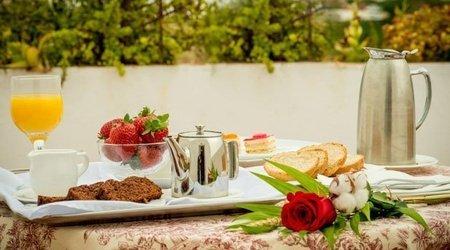 Desayuno con vistas Hotel ATH Al-Medina Wellness