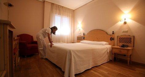 DOPPELZIMMER (3 ERWACHSENE) Hotel ATH Cañada Real Plasencia